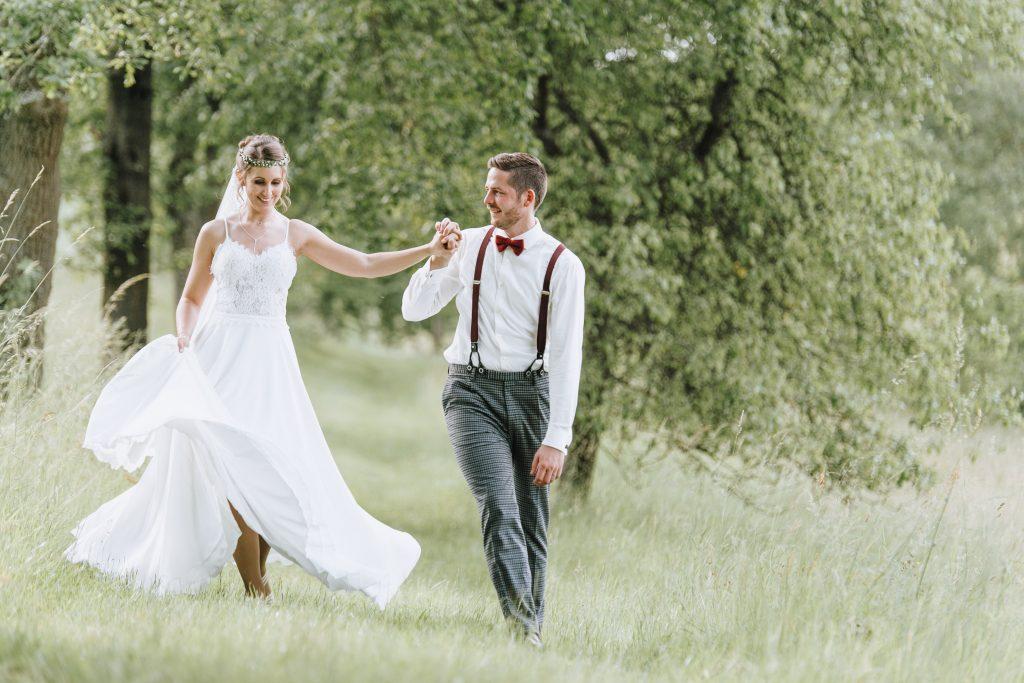 Kirchliche Trauung Alzenau Brautpaarshooting Hochzeitsbilder