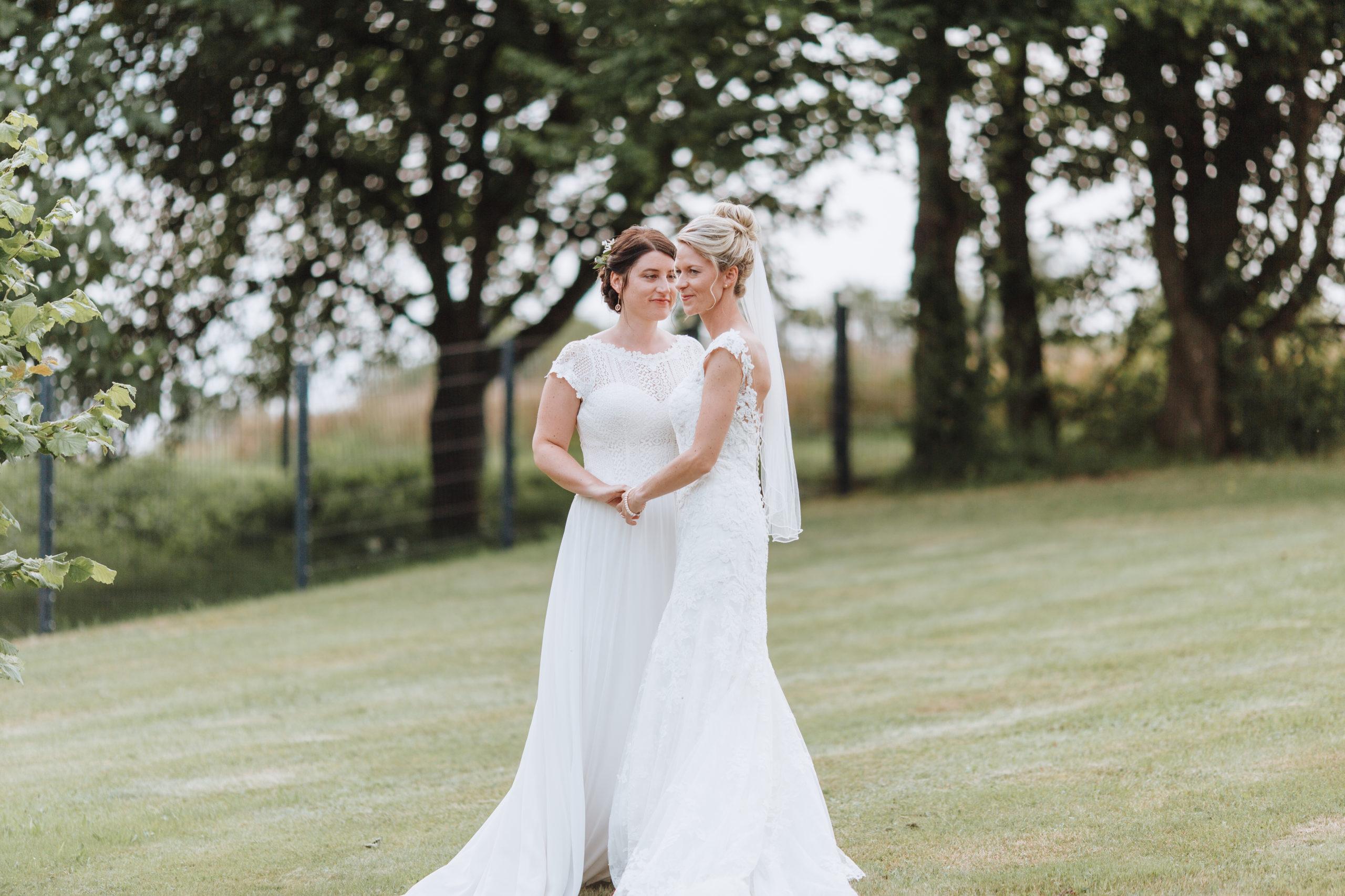 Lesbische Hochzeit in Freiensteinau Hochzeitsfotografie
