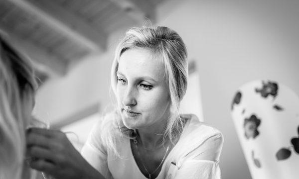 Visagistin und Make-up Artist | Hochzeitsfotograf Niedernberger Seehotel Aschaffenburg